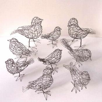 43 Wire Art Sculptures Ready to Emphasize Your Space   Homesthetics - Inspiring ideas for your home