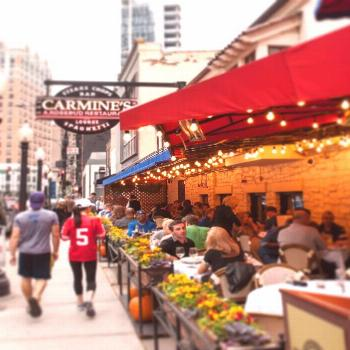 The 9 Best Places to Eat on the Magnificent Mile (That Aren't Cheesecake Factory) via @PureWow