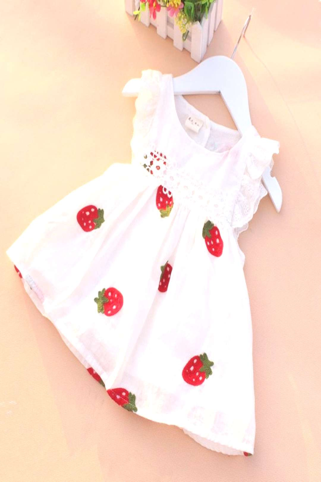 Baby Girl Dress 0-2Y Newborn Baby Summer Embroidery Flower Strawberry Cotton Dress Infant Baby 1Yea