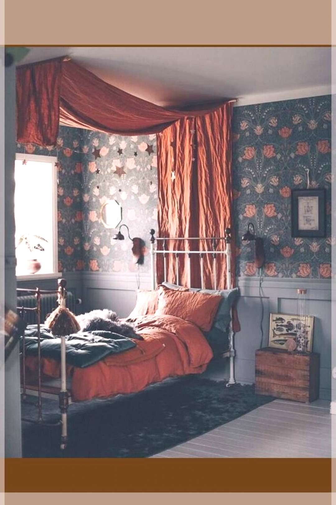 Four-poster bed and flowers That was my childhood ~ ETS Four-poster bed and flowers That was my